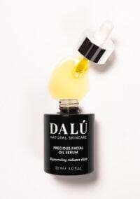 PRECIOUS FACIAL OIL SERUM opened use - DALÚ natural skincare